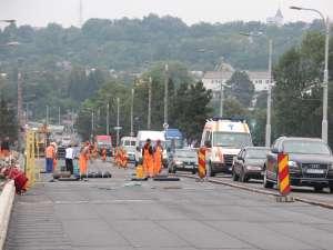 Traficul rutier pe podul de la Bazar va fi deschis complet la finele săptămânii