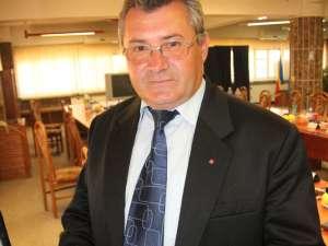Viceprimarul Gavril Vîrvara