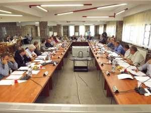 Reprezentanţii partidelor politice din Consiliul Local şi-au împărţit sfera de influenta asupra unităţilor şcolare din Suceava