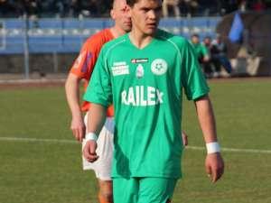 Golgeterul Buziuc a fost cel mai bun jucător de pe teren în confruntarea dintre Avântul Volovăţ şi Sporting II Arbore