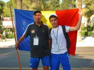 Cristian Prâsneac şi elevul său Andrei Leancă, fericiţi după rezultatele obţinute la Timişoara