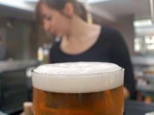 Berea consumată cu moderaţie, regulat, ajută memoria