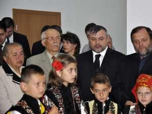 Deputatul PDL de Suceava Ioan Bălan, alături de liderul democrat-liberalilor suceveni, Gheorghe Flutur, la Pătrăuţi