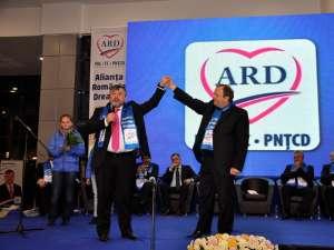 Ioan Bălan, alături de liderul PDL Suceava, Gheorghe Flutur