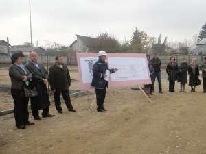 Festivitatea de inaugurare a lucrărilor de construcţie pentru Complexul Comercial Kaufland din municipiul Rădăuţi