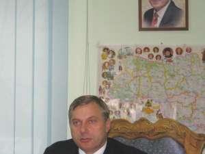 Morhan s-a prezentat la Secţia 5 de Poliţie din Bucureşti, de unde a fost preluat şi dus la sediul Direcţiei Cercetări Penale din cadrul Poliţiei Capitalei