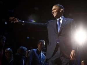 Susţinătorii lui Barack Obama s-au adunat în faţa Casei Albe pentru a sărbători victoria în alegeri