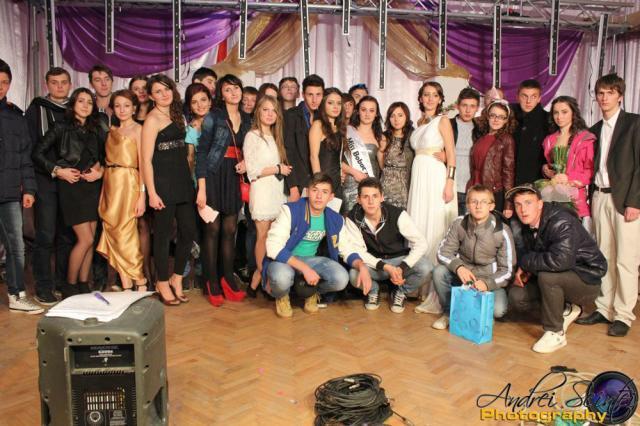 """Balul Bobocilor organizat de Colegiul Tehnic """"Laţcu Vodă"""" Siret"""