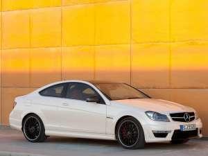Mercedes-Benz C 63 AMG are gene de supercar