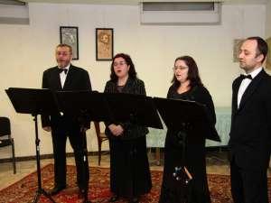 """Cvartetul vocal """"Cantabile"""" al Colegiului de Artă """"Ciprian Porumbescu"""" Suceava"""