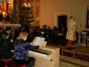 """Concertul simfonic """"Bijuterii imperiale vieneze"""" a avut loc duminică seară la Biserica Catolică"""