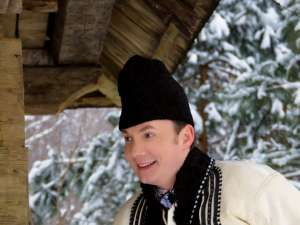 Solistul sucevean de muzică populară Marius Zgâianu