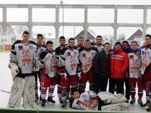 Hocheiștii echipei Clubului Sportiv Municipal Suceava au încheiat anul 2012 la Târgu Secuiesc