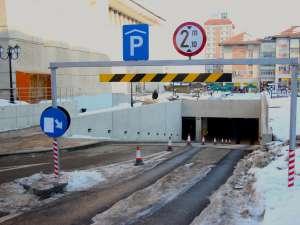 Teama de amenzi i-a făcut pe mulţi suceveni să elibereze încă de joi seara locurile de parcare pe care le-au ocupat multă vreme