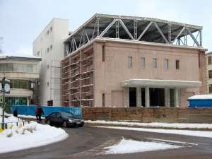 Lucrările la Centrul Cultural Bucovina vor fi reluate în forţă din primăvară