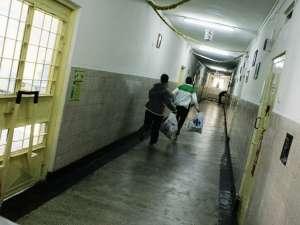 Suspecții au fost identificați în persoana unor deținuți închiși în penitenciarul din Galați.