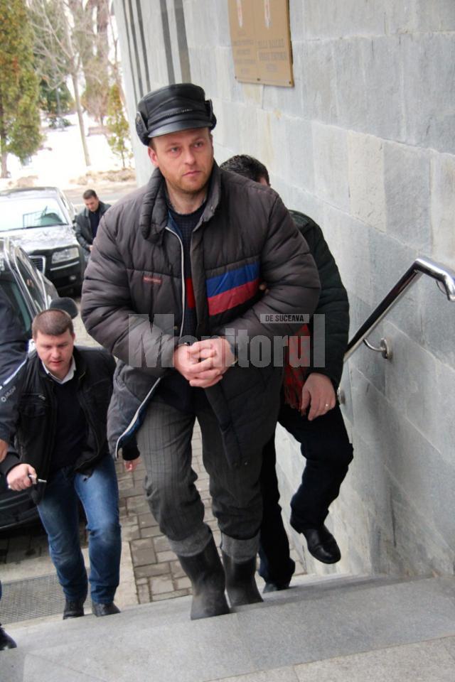 Valerian Vasile Tanasan îşi abuza sexual nepoţica încă de când aceasta avea şase anişori