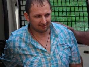 Deţinutul Constantin Lungu coordona o întreagă reţea de contrabandă cu ţigări