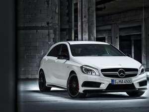 Mercedes dezvăluie versiunea de performanță A 45 AMG