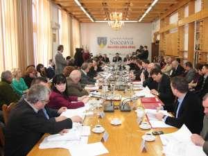 """Bugetul propriu al Consiliului Judeţean şi al unităţilor subordonate a fost aprobat cu 21 de voturi """"pentru"""" şi 12 """"împotrivă"""", ale consilierilor judeţeni ai PDL"""