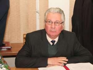 Secretarul Consiliului Judeţean Suceava, Dumitru Paşniciuc, va ieşi la pensie începând cu data de 1 aprilie 2013