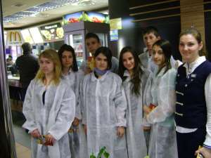 Job Shadow Day, la Mc Donald's Suceava, în 2011