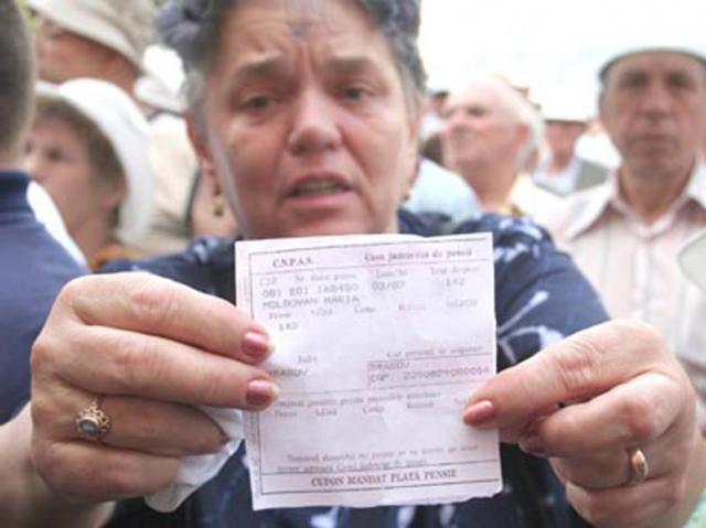 În februarie 2013, numărul total de pensionari a fost de 5,267 milioane. Foto: MEDIAFAX