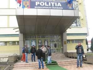Sâmbătă oamenii au depus reclamaţii la Poliţia municipiului Suceava