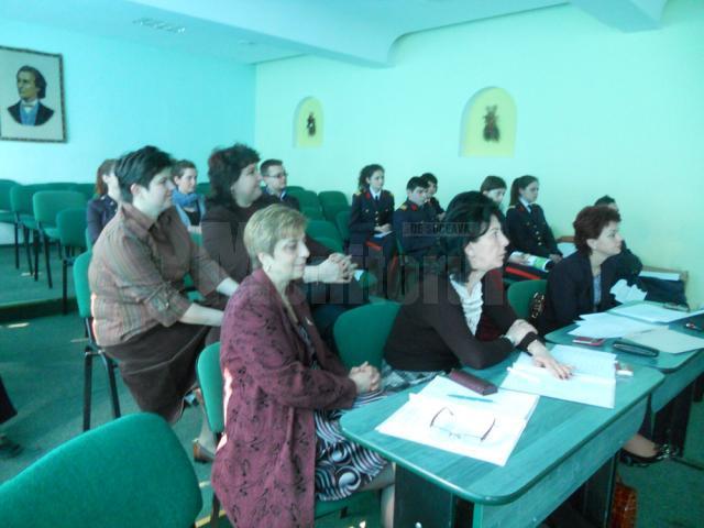 """""""Chimia - prieten sau duşman"""", sesiune de comunicări ştiinţifice"""