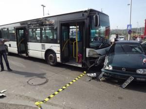 autobuz TPL implicat în accident
