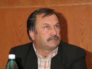 """Gheorghe Schipor: """"Nu-i obligat să semneze condica, dar nici eu nu sunt obligat să-i dau salariul"""""""