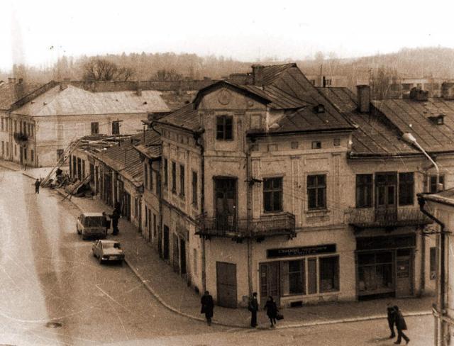 Restaurantul Mestecăniş, la demolare