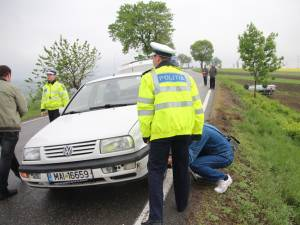 autoturismele implicate în accident