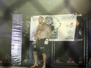 """Ghiţă Ignat, alias """"Ursul Carpatin"""", luptătorul de MMA arestat vineri, 17 mai, a fost eliberat ieri de magistraţii de la Curtea de Apel Suceava  Foto: Tim Leidecker"""