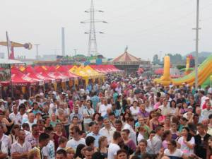 Zeci de mii de suceveni s-au distrat de minune la spectacolul de duminica, la Zilele Sucevei 2013