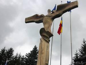 Steagul României a fost coborât în bernă