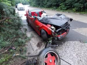 Lipsa de experienţa în condus şi viteza neadaptată au dus la producerea tragediei
