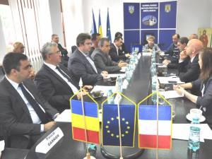 Ambasadorul Franţei s-a întâlnit cu autorităţile sucevene