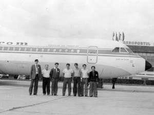 Cursa venită cu oficialităţi la inaugurarea aerogării noi, în iunie 1982