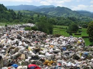 Groapa de gunoi a municipiului Câmpulung Moldovenesc din zona Izvor Boatca