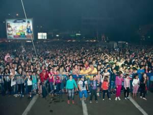 Sâmbătă seară peste opt mii de spectatori au umplut până la refuz zona centrală a Rădăuţiului