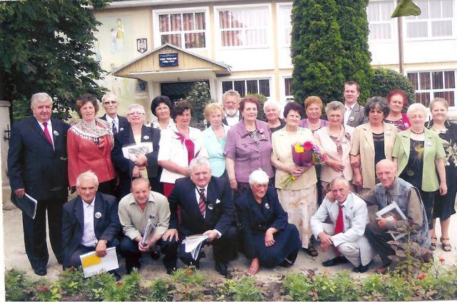 20 de absolvenţi ai promoției 1962-1966 au avut parte de o revedere emoţionantă