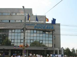 Protestul salariaţilor de la Termica va fi mutat de la primărie la centrala de termoficare a oraşului