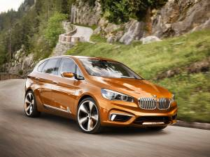 BMW dezvăluie conceptul Active Tourer Outdoor