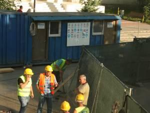 Lucrătorii de la firma Pfeiffer au stricat o conductă a ACET, care alimenta cu apă potabilă șase blocuri din zona centrală