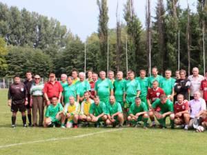 Fotbaliştii din Suceava şi Fălticeni se pregătesc pentru o nouă confruntare. Foto: Cronica de Falticeni