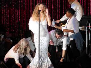 Accesoriul extravagant al divei Mariah Carey