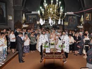 Primăria și Consiliul Local al municipiului Fălticeni au organizat nunta de aur pentru 35 de cupluri care au împlinit 50 de ani de la căsătorie