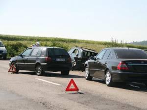 Cele trei maşini implicate în accident
