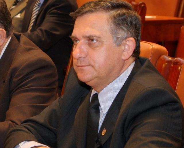 Gheorghe Funar a fost ales preşedinte al PRM, cu 530 de voturi din cele 667 valabil exprimate. Foto: www.transilvaniareporter.ro